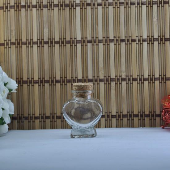 Şişe Cam Mantar Tıpalı Kalp Bal Kavanozu Modeli 65 Cc (16 Adet)